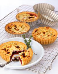 Ziegenkäse-Tartes mit Cranberries