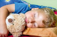 schlafendes Kind Teddy