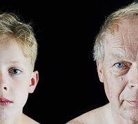 Enkel und Großvater