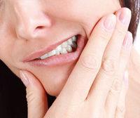 Frau Zahnschmerzen