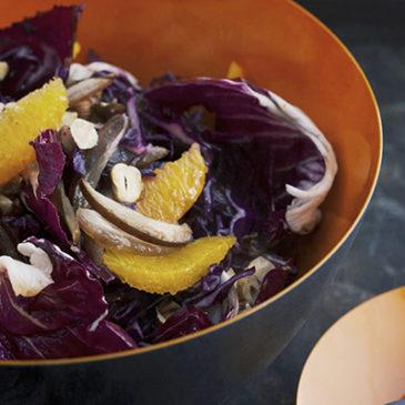 Rotkohlsalat mit Datteln und Orangen
