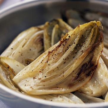 Geschmorter Chicorée mit Gemüse