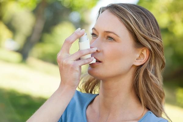 Quälendem Asthma mit Homöopathie begegnen